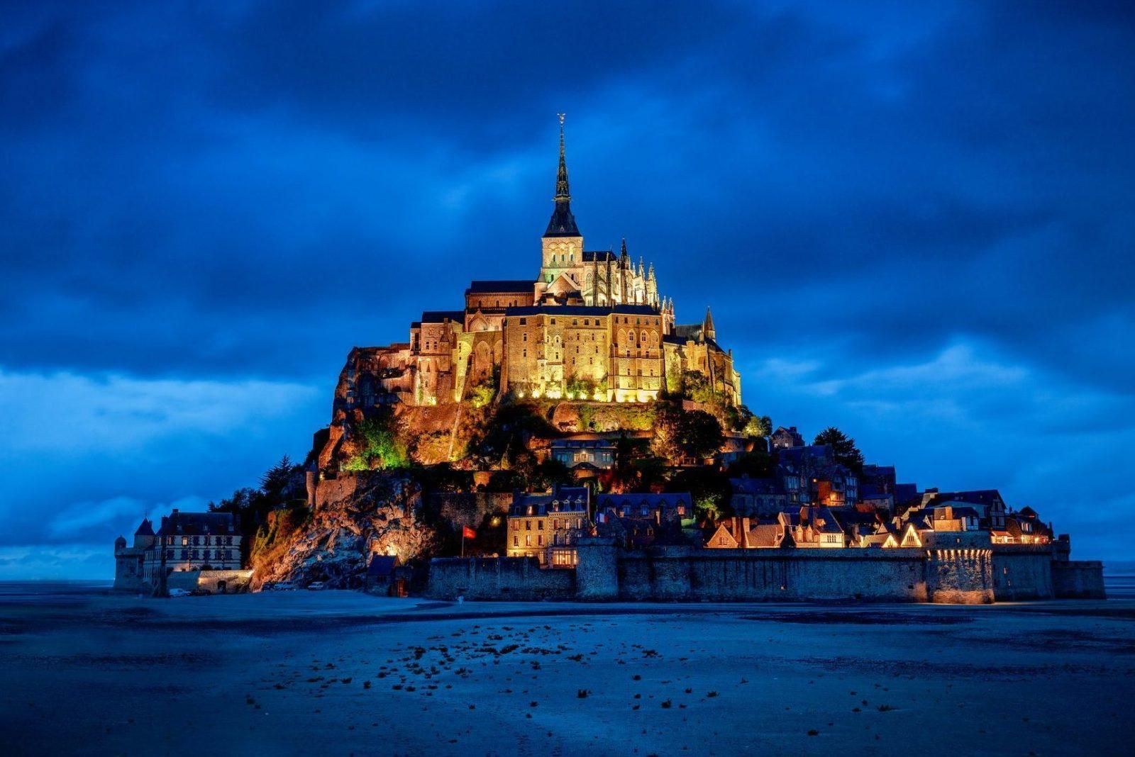 Замок остров Мон Сен-Мишель