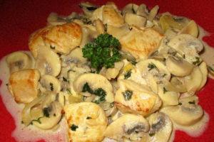 Приготовление жульена с курицей и грибами