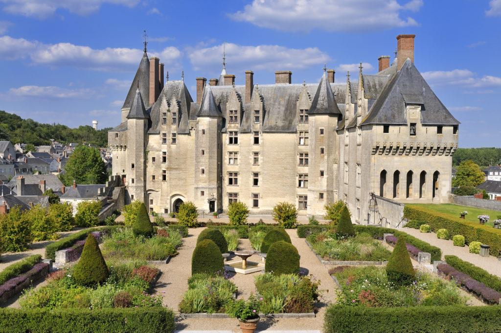 Замок Ланжэ, Франция