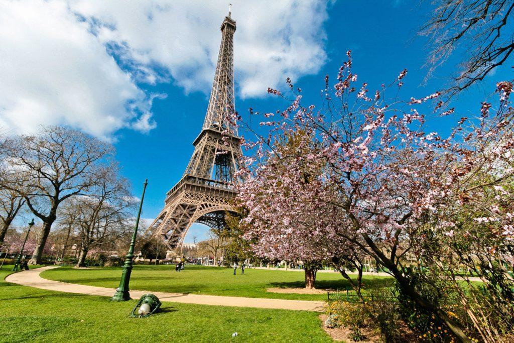 Париж Эйфелева башня фото