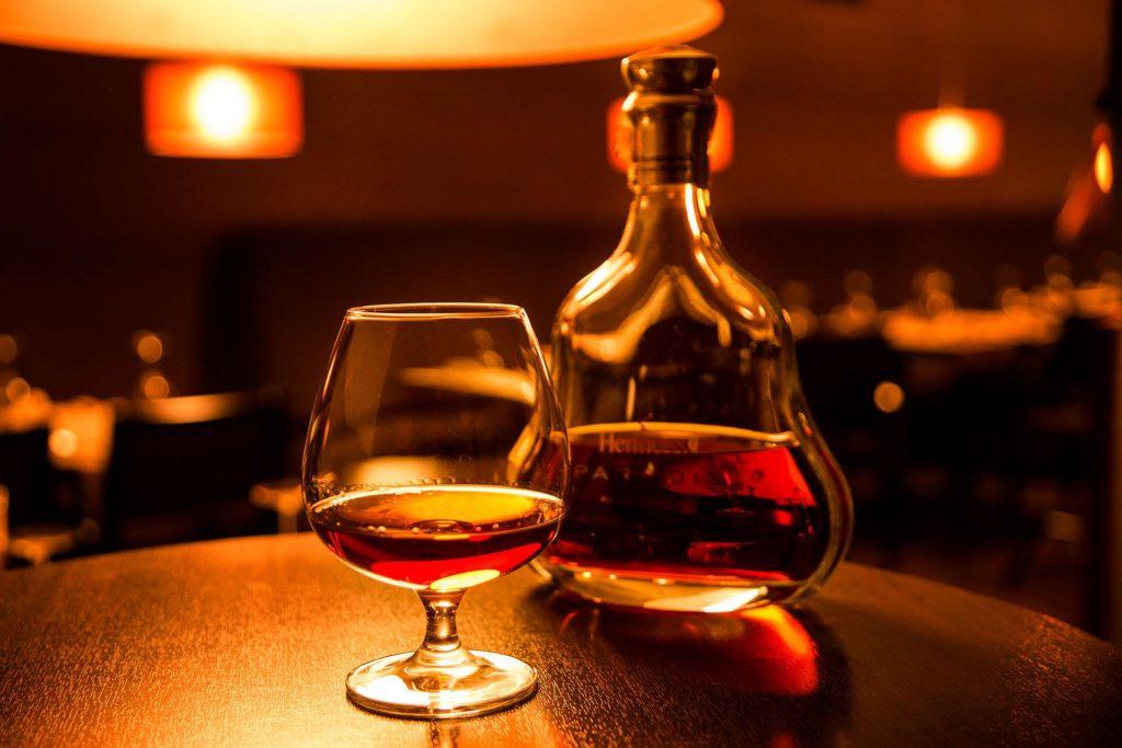 Французский коняк Hennessy