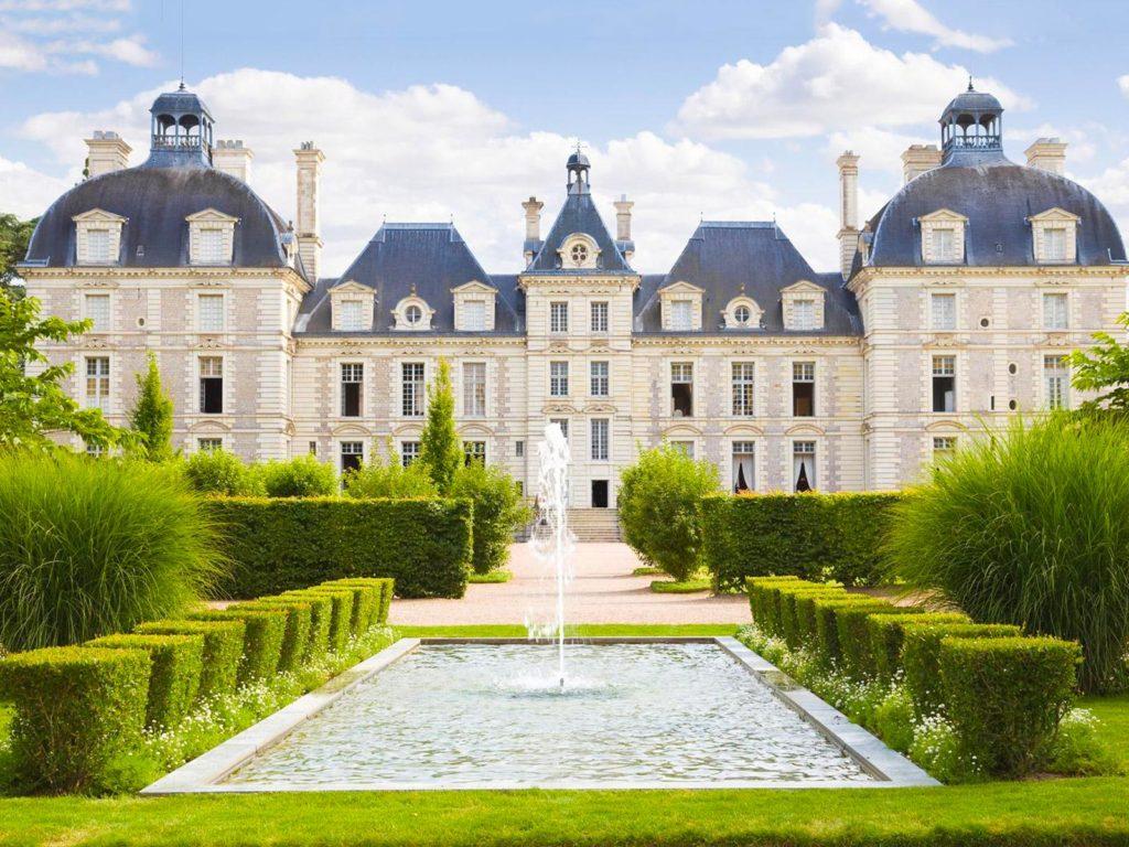 Замок Шеверни, Франция