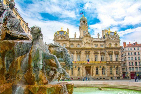 Город Лион Франция фото