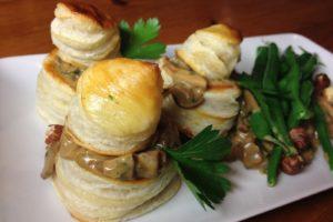 Ragoût de champignons et d'oeufs