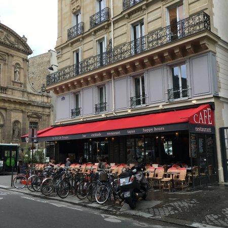 Cafe la Tour Du Temple, Париж, 3-й округ