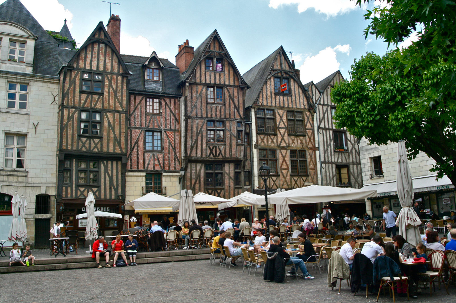 Тур, Франция