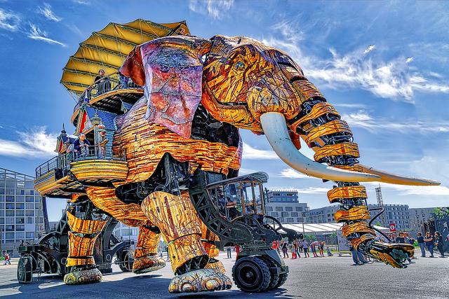 Большой Слон на Острове Нант