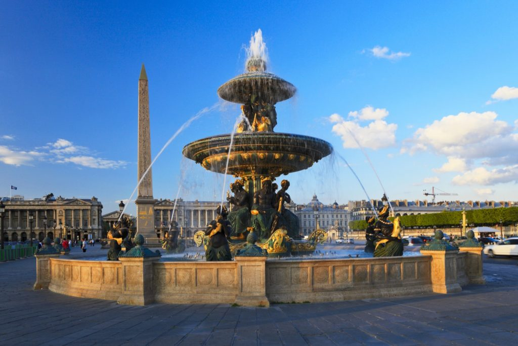 Площадь Согласия в Париже фото