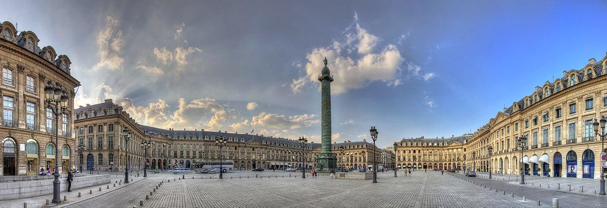 Вандомская площадь в Париже фото