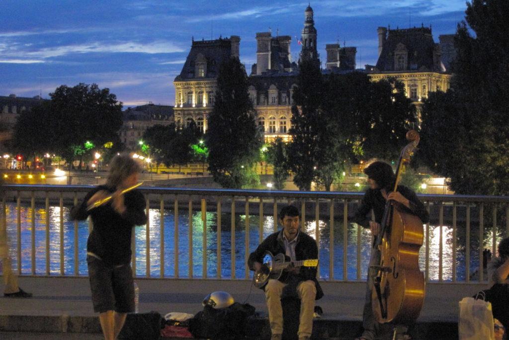 Остров Сен-Луи в Париже фото