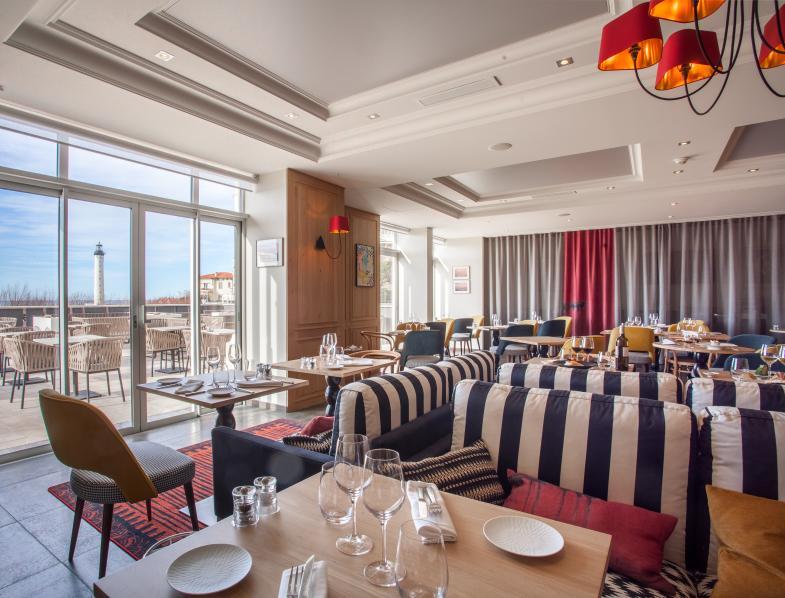Ресторан Iqori в отеле Régina Biarritz в Биарриц Франция
