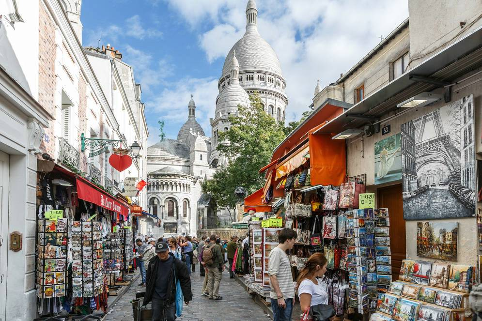 Бульвар Монмартр в Париже