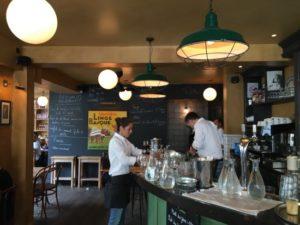 Café du Commerce в Биаррице фото