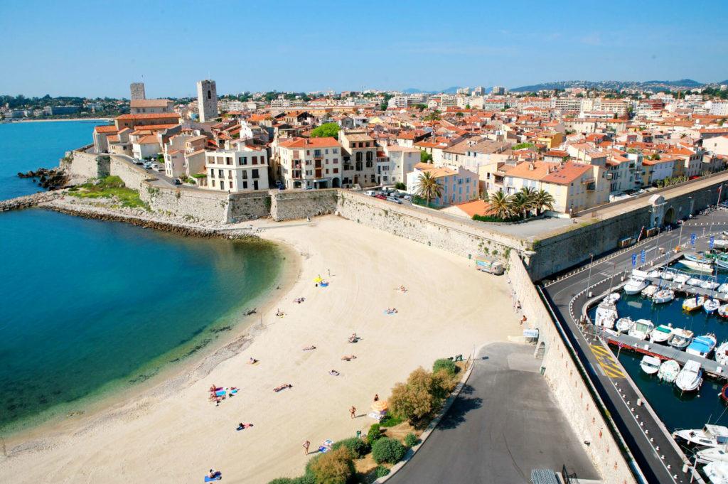 Антиб Франция Пляжи