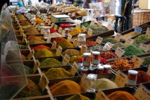 Антиб рынок в старом городе