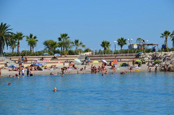 Пляж Фоссан в Ментоне