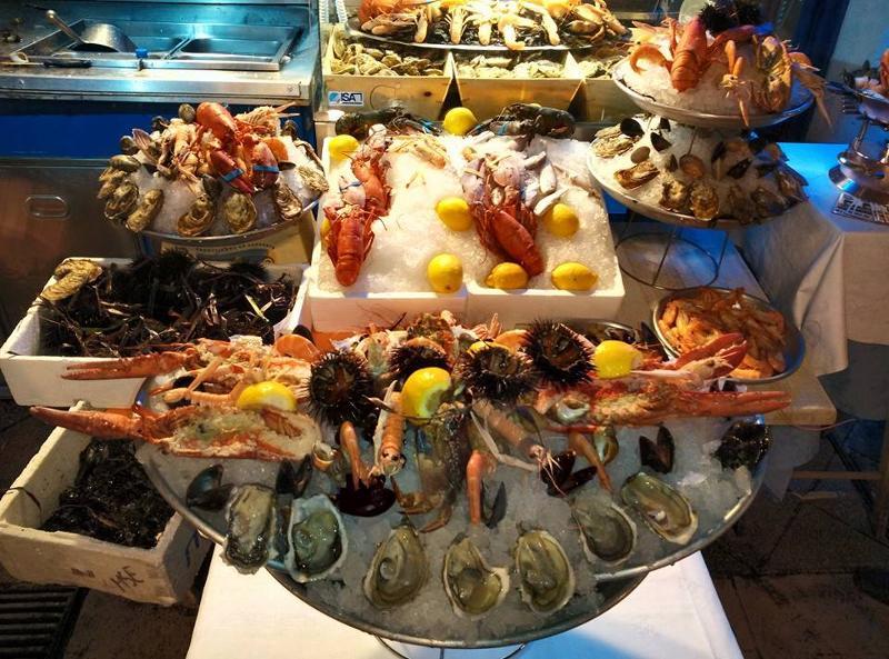 Ресторан морепродуктов в Ницце Франция
