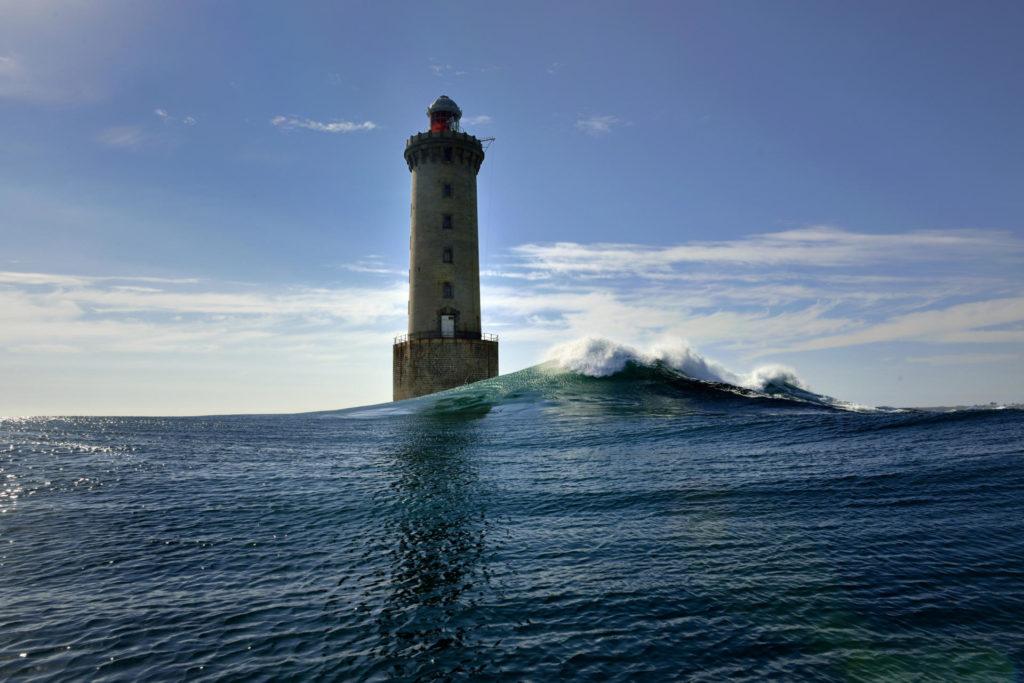 Маяк на острове Уэсан Франция