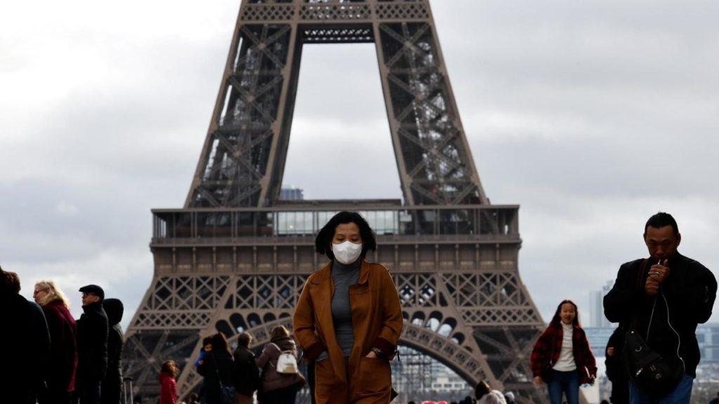 Франция закрыта из-за коронавируса