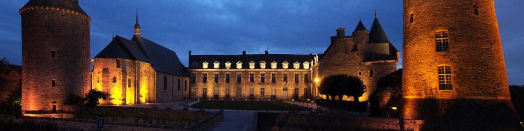 Замок Шатожирон в Бретани