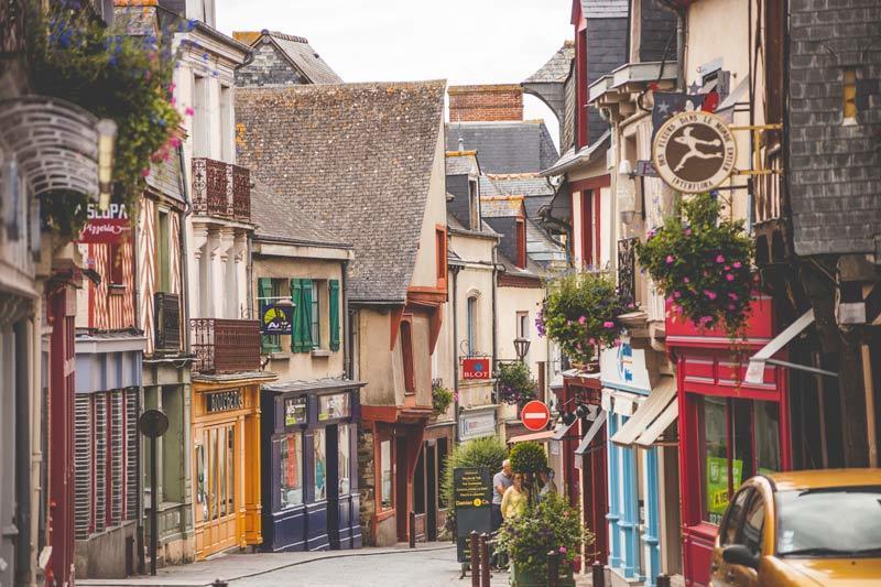 Город Шатожирон в Бретани во Франции