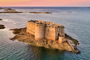 Замок Торо Бретань Франция